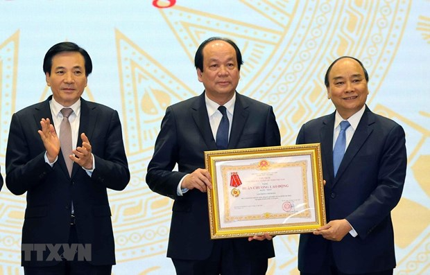 Government Office urged to better consulting role hinh anh 1