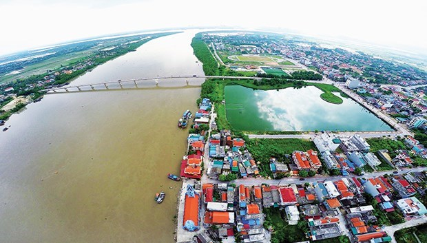 Quang Yen town receives second-class Independence Order hinh anh 1