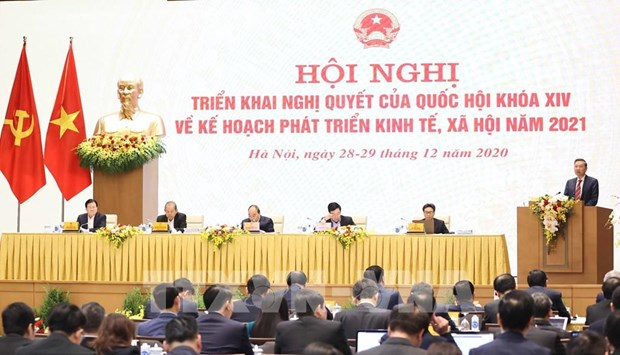Practical measures needed to handle unlawful returns: Minister hinh anh 2