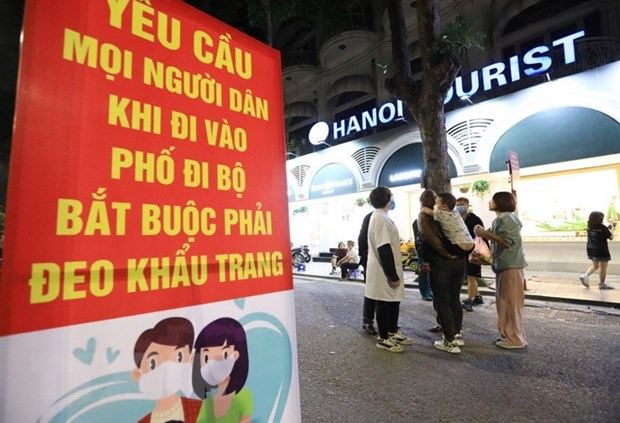 Hanoi tightens preventive measures against COVID-19 hinh anh 1