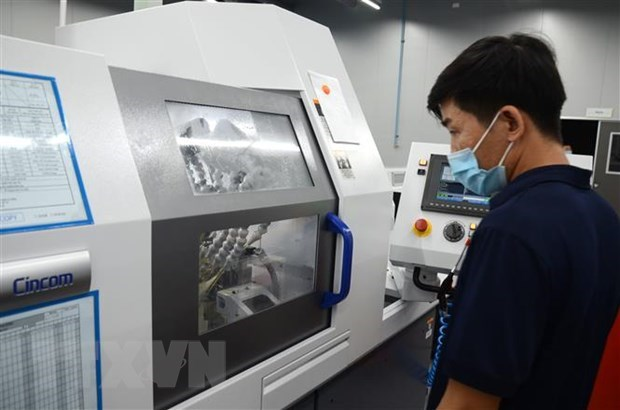 Vietnam steps up transfer, mastery of technologies from abroad hinh anh 1