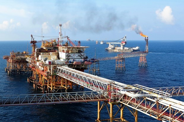 Vietsovpetro surpasses yearly oil and gas production target hinh anh 1