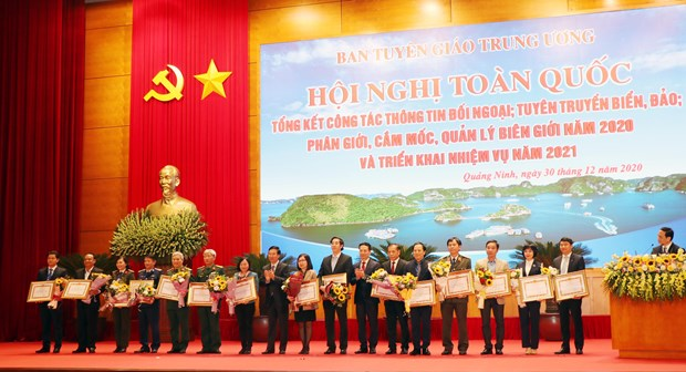 External information service contributes to national development, defence hinh anh 1