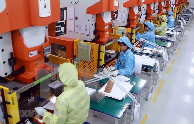 Government issues new rules on foreign workers in Vietnam hinh anh 2