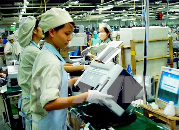 Government issues new rules on foreign workers in Vietnam hinh anh 3