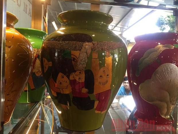 Project aims to build national brand for lacquer art hinh anh 1