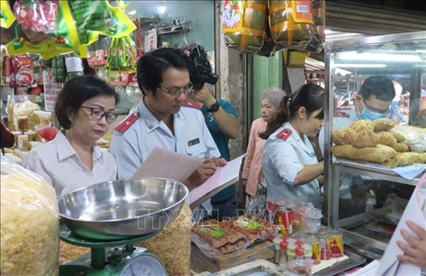 Food safety requested during Tet festival hinh anh 1
