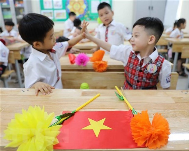Hanoi's students to enjoy nine days off for Tet hinh anh 1