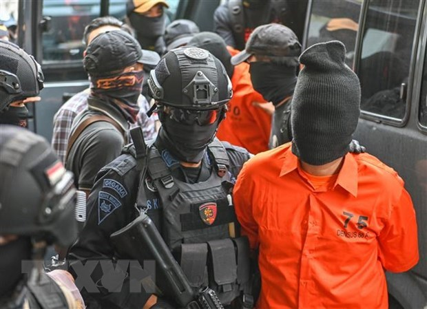 Two terrorist suspects shot dead in Indonesia hinh anh 1