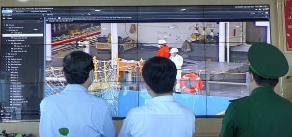 HCM City tightens pandemic prevention measures at ports hinh anh 1
