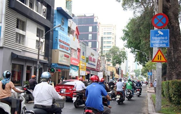 HCM City seeks ways to reduce traffic accidents by 10 percent hinh anh 1