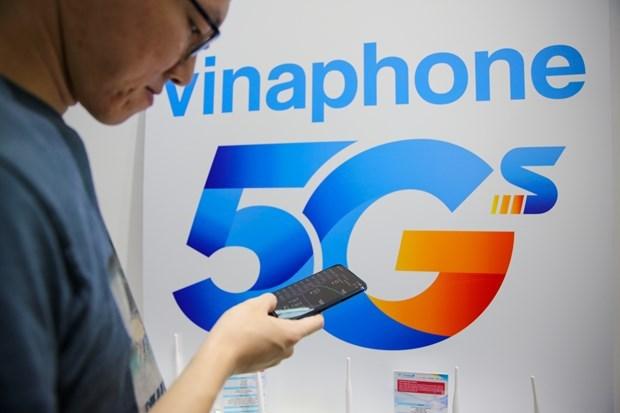 Telecom revenue tops 5.62 billion VND in 2020 hinh anh 1