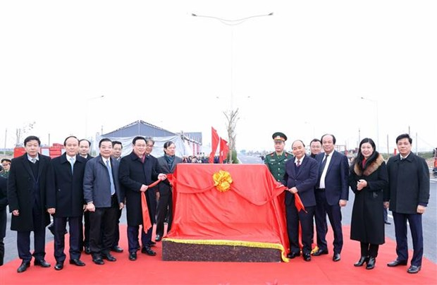 The interchange connecting Belt Road No.3, Hanoi-Hai Phong Expressway was inaugurated hinh anh 1