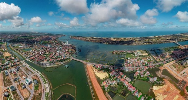 Quang Binh calls for investment in 62 projects in 2021-23 hinh anh 1