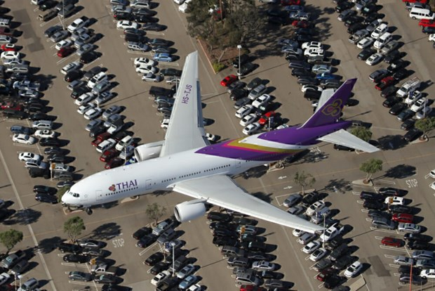 Thailand's domestic air travel hit hard by COVID-19 hinh anh 1