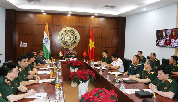 Vietnam, India strengthen defence ties hinh anh 1