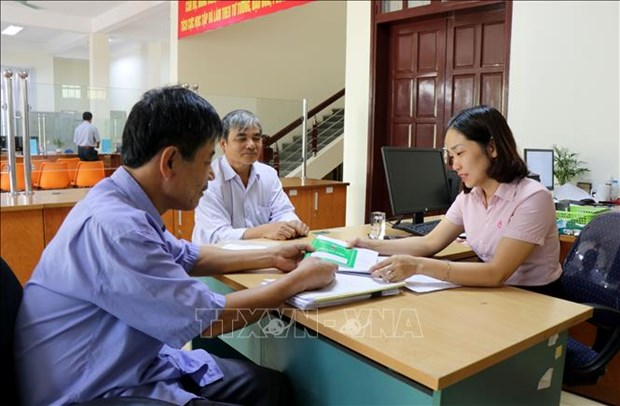 Over 6.4 million poor, near-poor households get preferential loans hinh anh 1