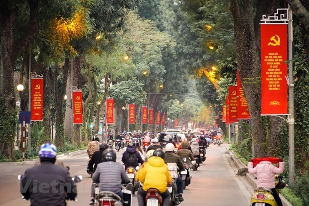 Hanoi gets facelift ahead of 13th National Party Congress hinh anh 1