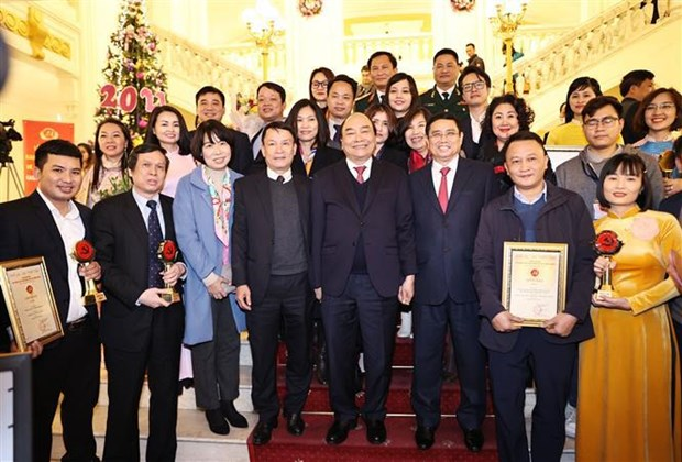Winners of National Press Awards on Party building named hinh anh 1