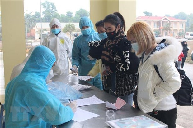 Ten imported COVID-19 cases raise national count to 1,531 hinh anh 1