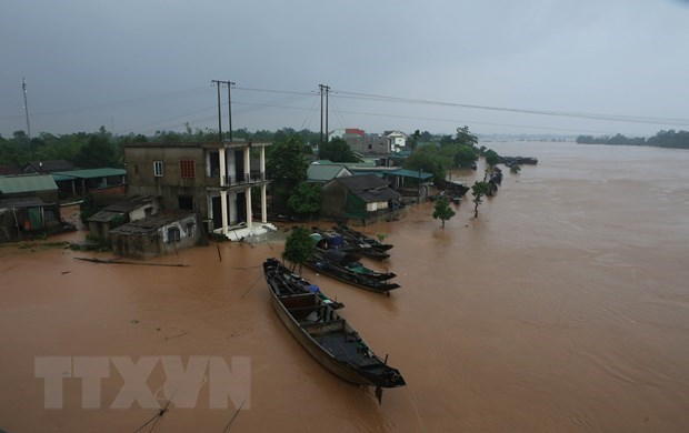 Indian Government sends aid to flood victims in central Vietnam hinh anh 1