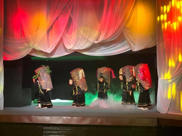 New puppetry show promises fresh experience of Vietnamese culture hinh anh 2