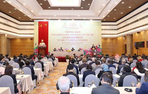 Diplomatic corps, int'l organisations informed about 13th National Party Congress hinh anh 1