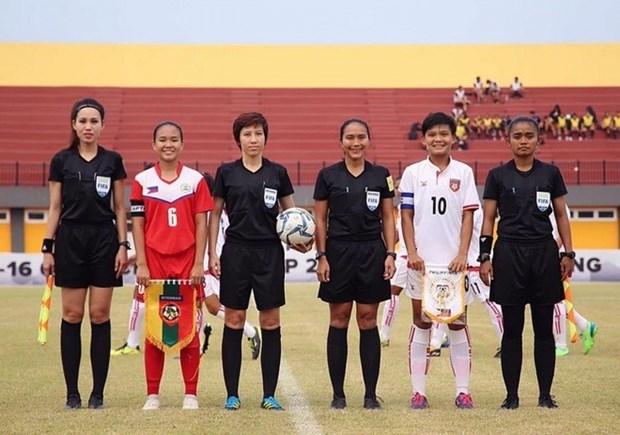 Three Vietnamese women named as elite FIFA referees hinh anh 1