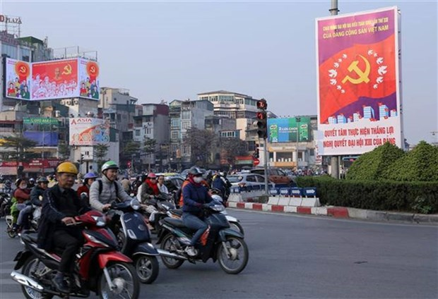 Traffic restriction to be imposed on dozens of Hanoi's streets hinh anh 1