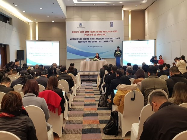 2021 GDP growth may reach 6.72 percent in best-case scenario: Conference hinh anh 1