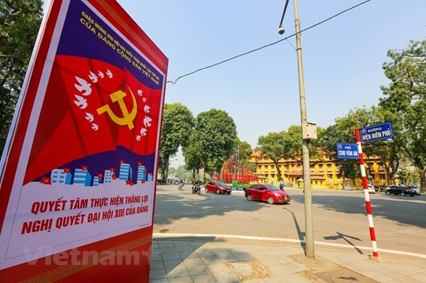 National Party Congress will guarantee present and future of Vietnam: Cuban journalist hinh anh 3