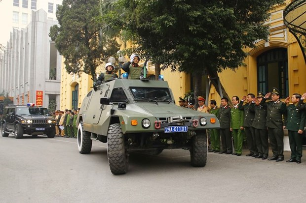 Hanoi's police begin task of ensuring security for National Party Congress hinh anh 2
