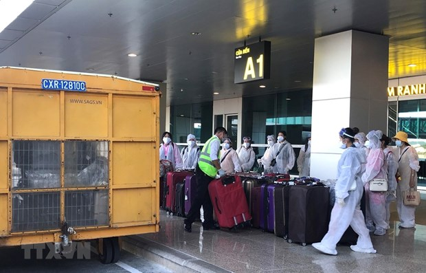 Two new imported COVID-19 cases bring total to 1,546 hinh anh 1