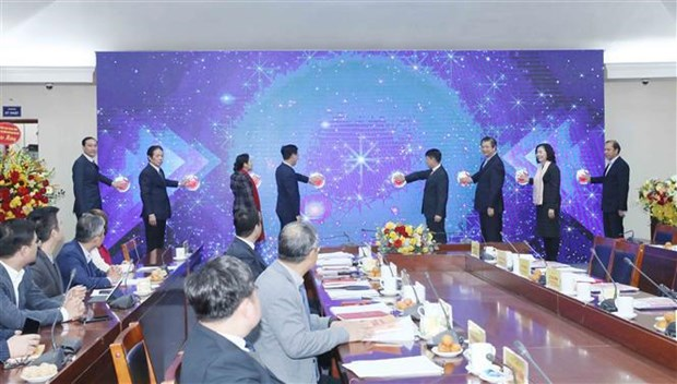 News website, handbook on external relations launched hinh anh 1