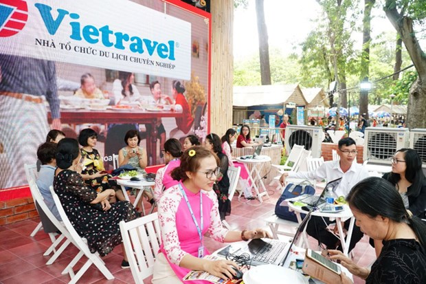 Vietravel offers discounts on spring tours, airfares hinh anh 1