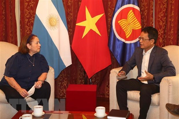 Argentine expert attributes Vietnam's successes to Party's sound leadership hinh anh 1