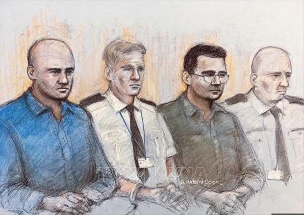 Essex lorry deaths: Four people-smugglers jailed for a total of 78 years hinh anh 1