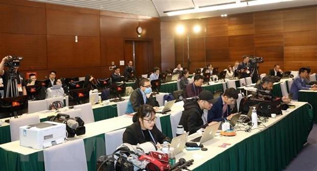 Experts forecast Vietnam's development path hinh anh 1