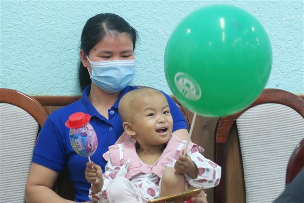 First autologous stem cell transplant successfully performed on 32-month-old child hinh anh 2