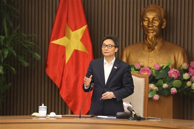 Faster, stronger response to stamp out new COVID-19 outbreaks: Deputy PM hinh anh 1