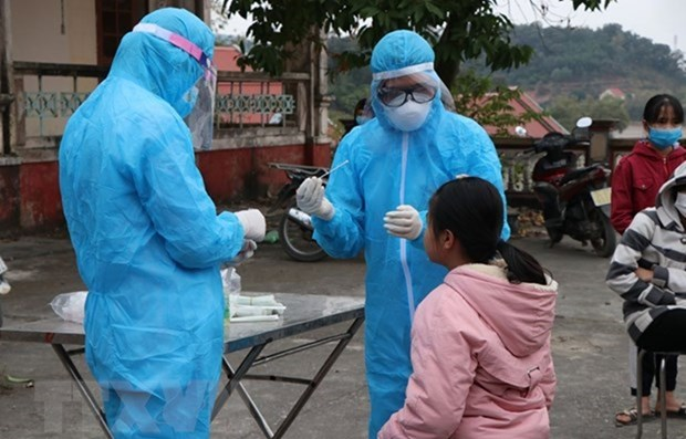 Vietnam reports 54 more COVID-19 infections, including one imported case hinh anh 1