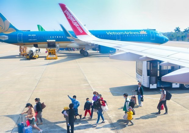 January foreign tourist arrivals up 9 pct. month-on-month hinh anh 1