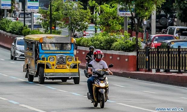 Philippine economy shrinks at record amid COVID-19 hinh anh 1