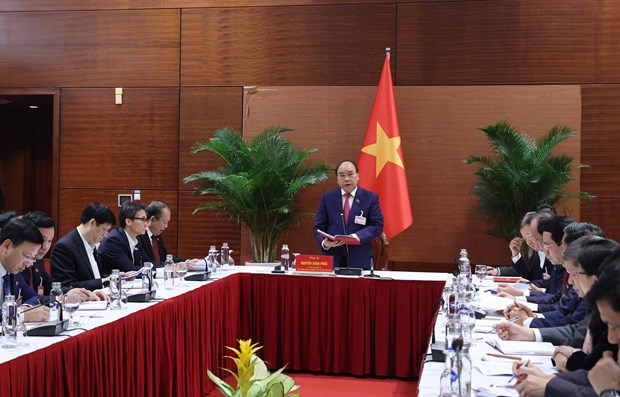 PM requests stamping out COVID-19 outbreaks before lunar New Year hinh anh 1
