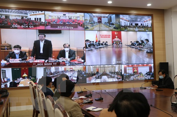 Quang Ninh considers placing town in lockdown as new COVID-19 cases found hinh anh 1