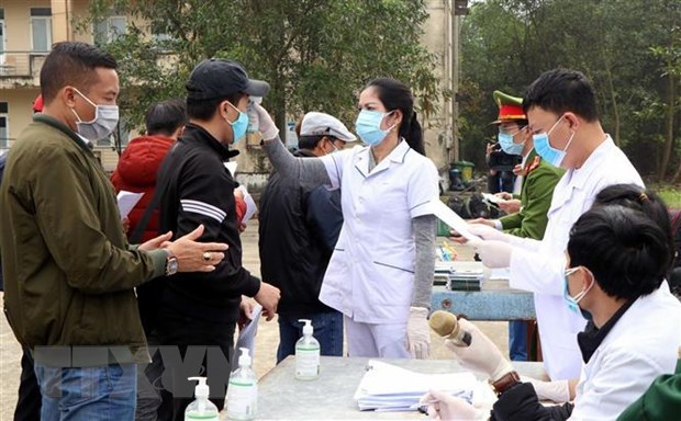 Vietnam sees 28 new COVID-19 cases in 12 hours hinh anh 1