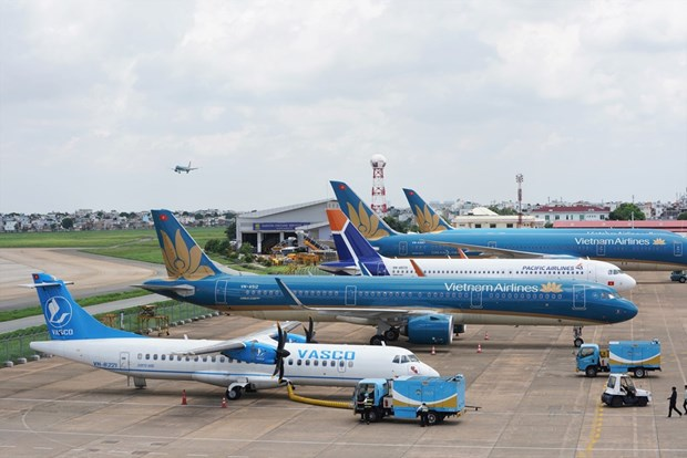 COVID-19 costs Vietnam Airlines over 11 trillion VND hinh anh 1