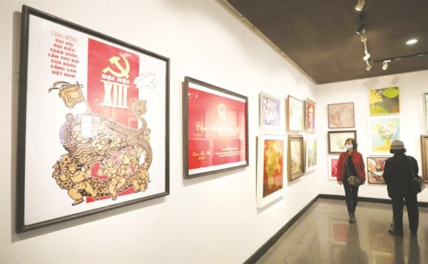 Vibrant spring energy on show in new art exhibition hinh anh 1