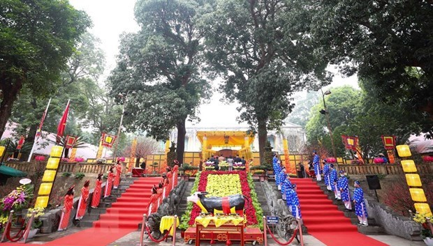 Thang Long citadel hosts imperial rituals to keep tradition alive hinh anh 1