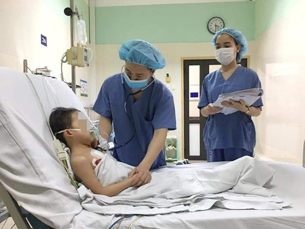 Viet Duc Hospital transplants heart to youngest-ever patient hinh anh 1